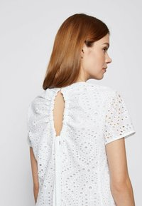 BOSS - DAJOUR - Robe d'été - white - 4