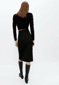 Uterqüe - Pouzdrová sukně - black - 2