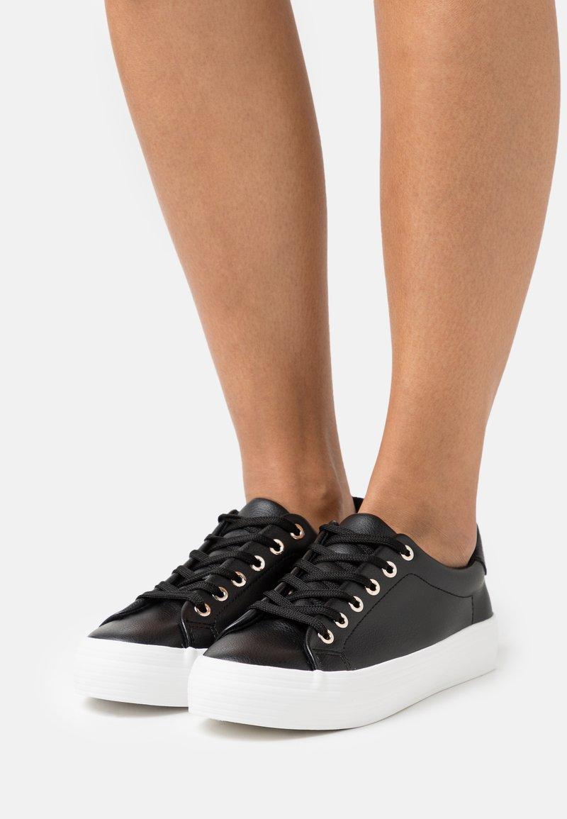Call it Spring - VIOLETT - Sneakers laag - black
