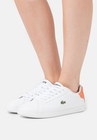 Lacoste - GRADUATE - Baskets basses - white/orange - 0