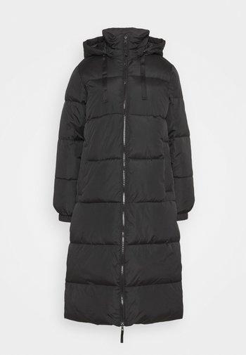 FULL LENGTH PUFFER COAT