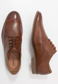 Clarks - STANFORD WALK - Smart lace-ups - tan - 1
