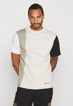 VERTICAL PANELLING - Print T-shirt - sage