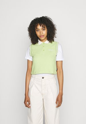 CROPPED - Top - lime