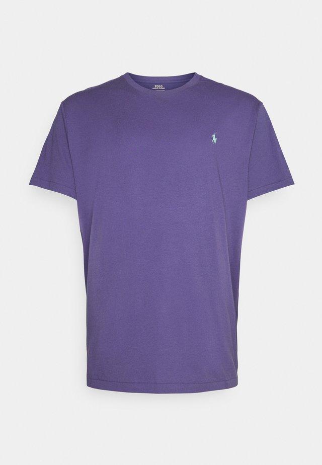 Basic T-shirt - juneberry