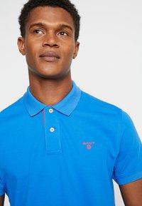 GANT - CONTRAST COLLAR RUGGER - Polo shirt - lake blue - 5