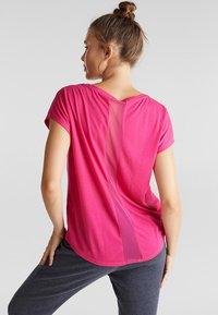 Esprit Sports - MIT NETZ-EINSATZ - Print T-shirt - pink fuchsia - 2