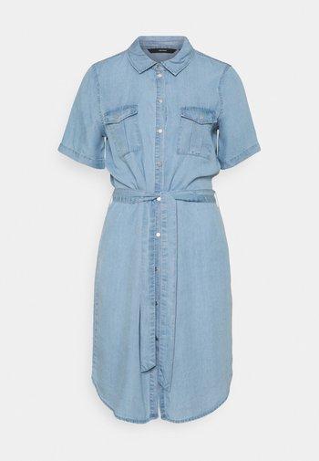 VMSILJA SHORT DRESS - Denim dress - light blue denim