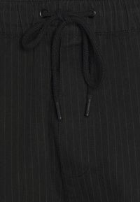 Newport Bay Sailing Club - PINSTRIPE TROUSER - Pantalon classique - black - 5