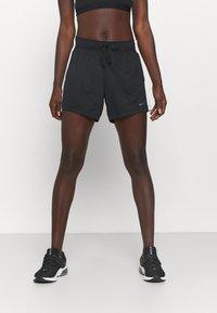 Nike Performance - DRY - Pantalón corto de deporte - black/sail - 0