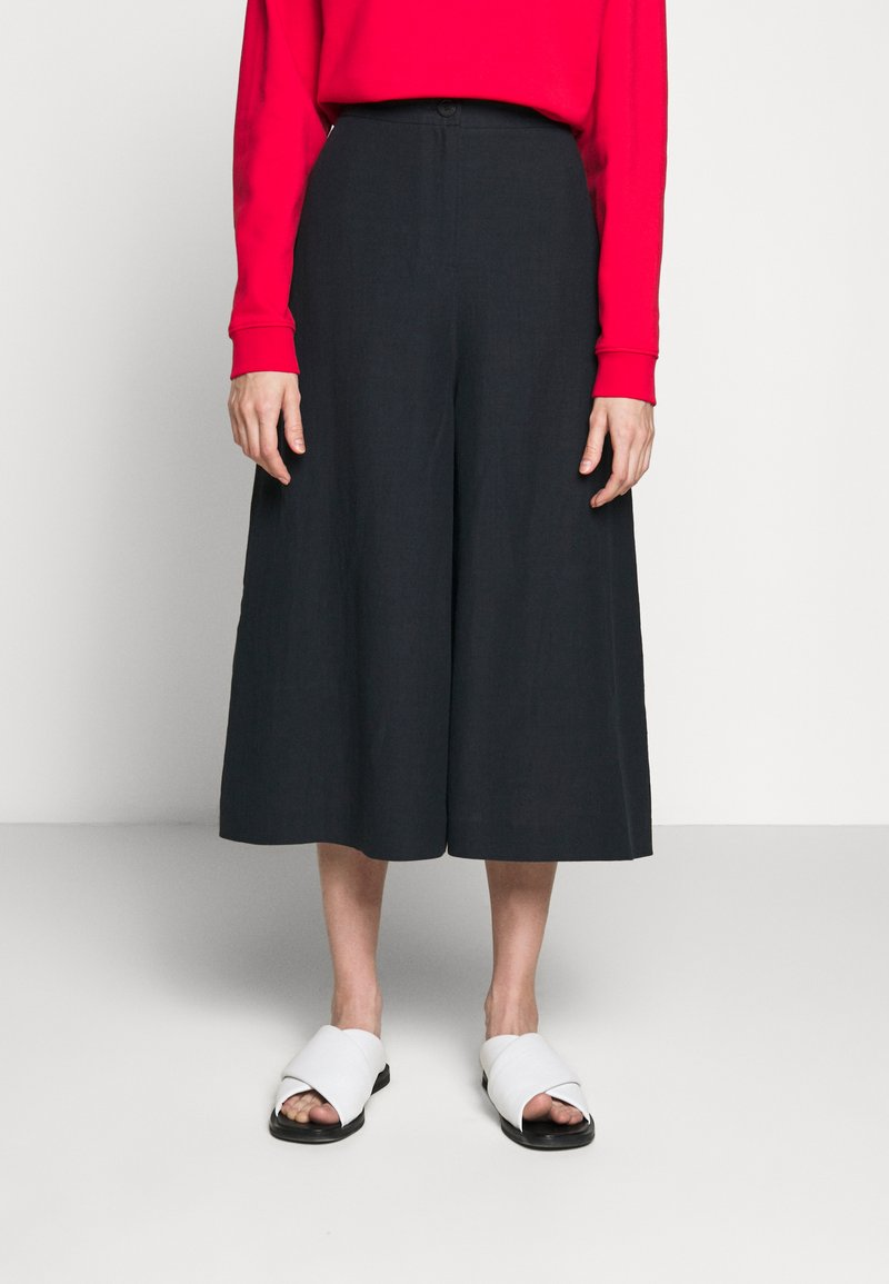 McQ Alexander McQueen - TROUSERS - Trousers - deep ink