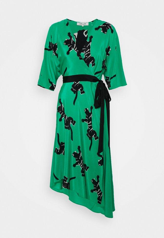 ELOISE - Korte jurk - medium green