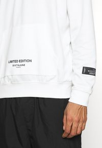 Sixth June - ESSENTIAL ZIP UP  - Long sleeved top - white - 5