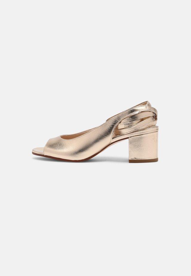 ABRIDO - Sandály na vysokém podpatku - gold