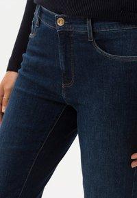 BRAX - CAROLA - Slim fit jeans - blue - 2