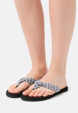 PAIA - T-bar sandals - black