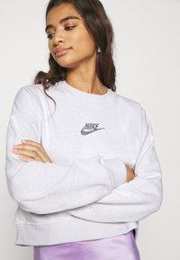 Nike Sportswear - CREW - Sweatshirt - platinum tint/multi color - 3