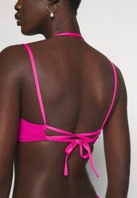 Polo Ralph Lauren - PLUNGE BACK BRA - Bikini top - fuchsia - 4