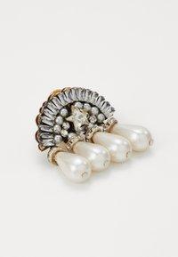 Radà - Earrings - crystal - 2