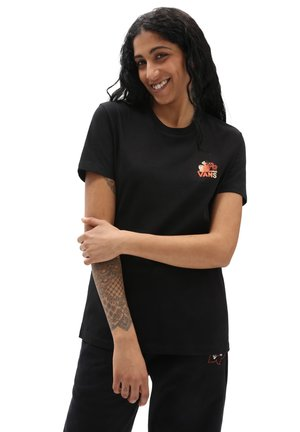 WM CULTIVATE CARE BF - Print T-shirt - black