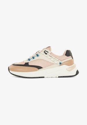 SKYLAR RUNN MXPR - Sneakers laag - light beige