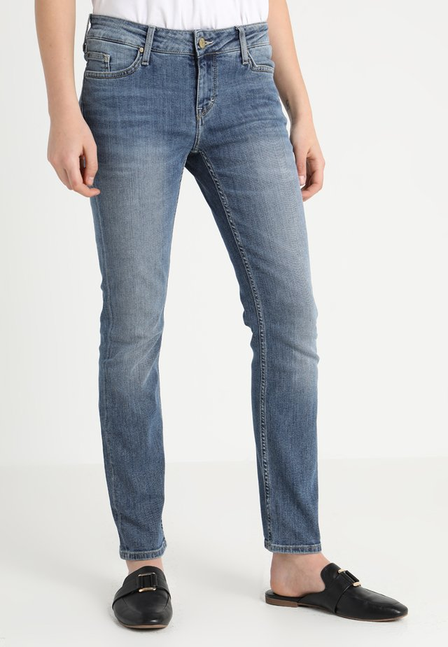 JASMIN - Slim fit jeans - brushed bleached