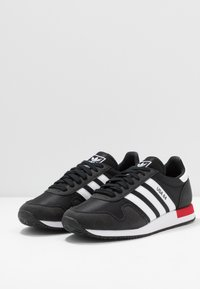 adidas Originals - USA 84 - Tenisky - core black/footwear white/scarlet - 2