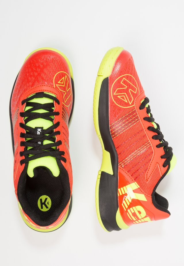ATTACK CONTENDER JUNIOR CAUTION - Handball shoes - tomato red/black/fluo yellow