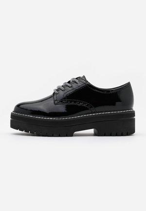LACE UP - Zapatos de vestir - black