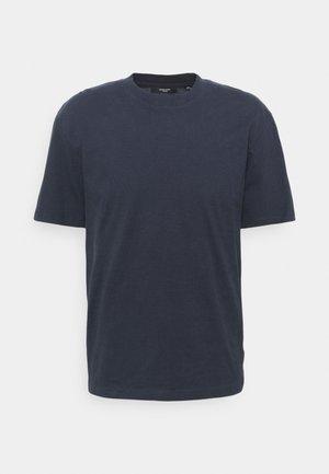 JPRBLAPEACH TEE CREW NECK - T-shirt - bas - dark navy