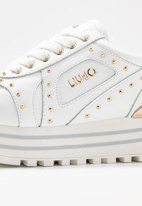 Liu Jo Jeans - MAXI - Sneakers laag - white - 2
