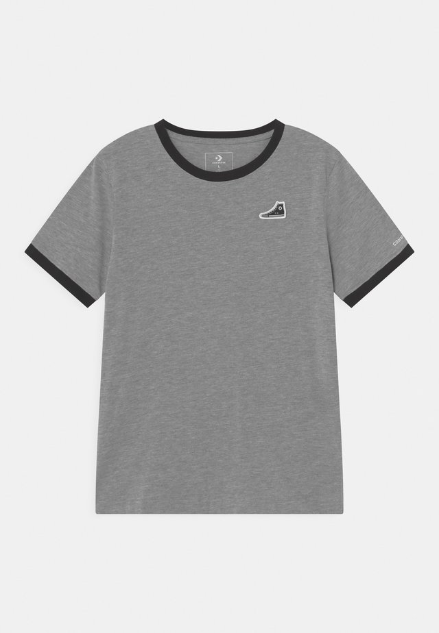 RINGER SNEAKER PATCH - Print T-shirt - grey heather