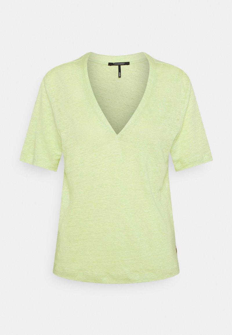 Scotch & Soda - CLASSIC TEE WITH V NECKLINE - Basic T-shirt - seaweed
