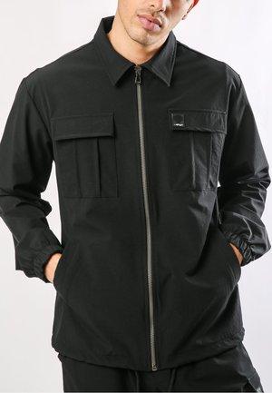 URBAN-TIGER NYLON POLY STRETCH SHACKET - Summer jacket - black