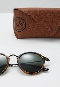 Ray-Ban - Sluneční brýle - havana - 2