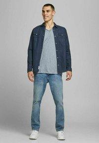 Jack & Jones PREMIUM - Basic T-shirt - dream blue - 1