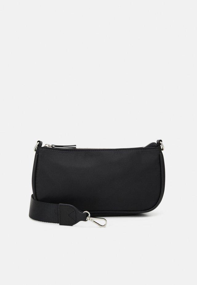 BAG BAGUETTE WITH EARPHONE CASE SET - Kabelka - black