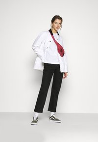 Vans - MAKE ME YOUR OWN - Summer jacket - white - 1