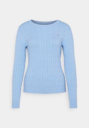CABLE CREW NECK - Jumper - powder blue
