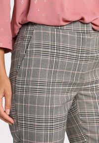 Cache Cache - Trousers - gris - 3