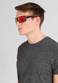 Uvex - SPORTSTYLE 222 - Sports glasses - black mat red - 0