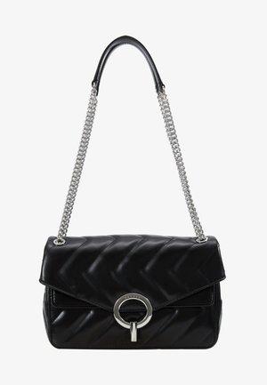 QUILTED CHAIN SHOULDER BAG - Handbag - black