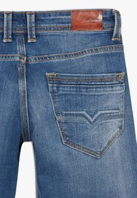 Pepe Jeans - CASHED - Jeansshort - blue - 4