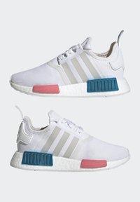 adidas Originals - NMD_R1  - Joggesko - footwear white/grey one/hazy rose - 7
