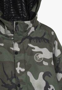 Volcom - RIPLEY INS JACKET - Snowboard jacket - green/black - 2