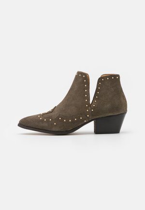 YASSOUTH - Ankle boots - military olive/gold