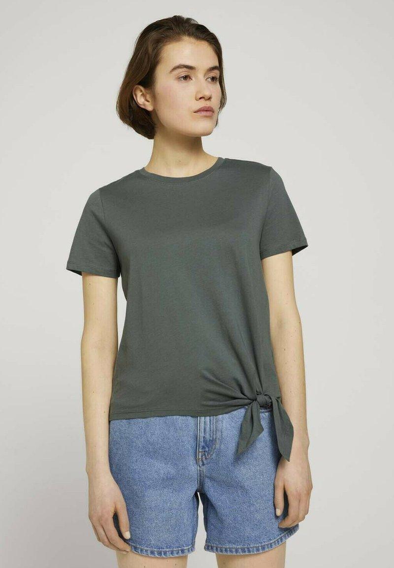 TOM TAILOR DENIM - Print T-shirt - dusty pine green