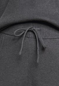 Even&Odd Curvy - Sweatshirt - dark grey - 8