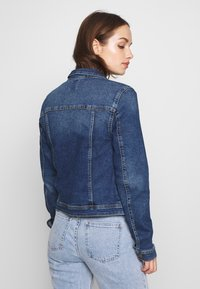 ONLY - ONLWESTA LIFE JACKET  - Veste en jean - dark blue denim