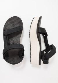 Teva - FLATFORM UNIVERSAL WOMENS - Chodecké sandály - black/tan - 1